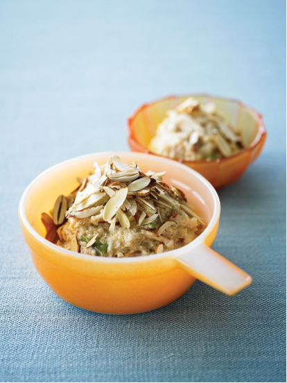 Chilled Apple and Pear Porridge with Raw Almonds